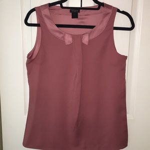 Rose bow tie sleeveless blouse
